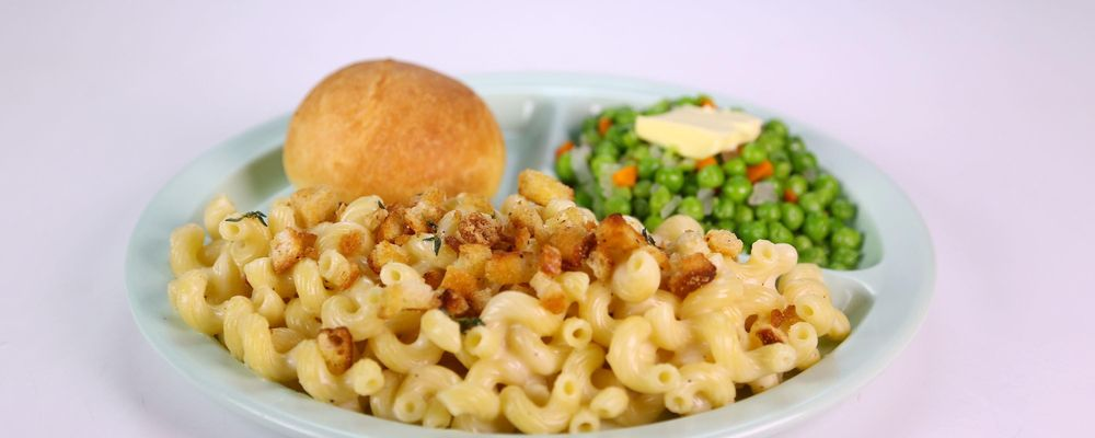 Carla Hall\'s Show Stopping Mac n Cheese