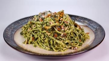 Creamy Collard Pesto with Pasta and Mushrooms