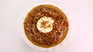 Clinton Kelly\'s Chocolate Pecan Caramel Brownie Cream Pie