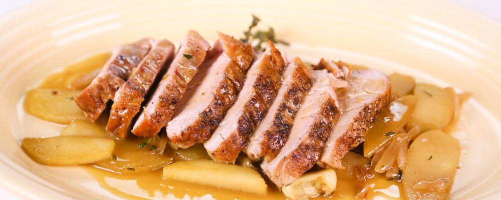 Clinton Kelly's Roasted Pork Tenderloin with Apples Recipe ...