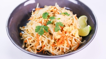 Daphne Oz\'s Chicken Pad Thai