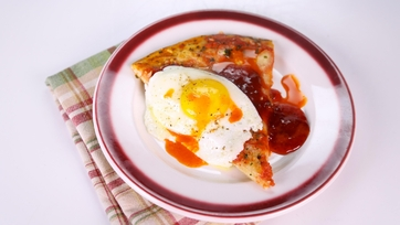 Mario Batali\'s Pizza with Eggs and Jam