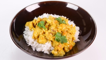 Clinton Kelly\'s Cashew Chicken Curry