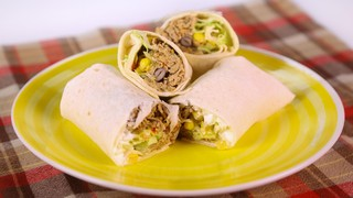 Spicy pork burrito recipe