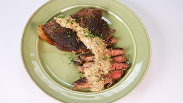 Clinton Kelly\'s Steak Au Poivre