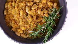 Mario Batali\'s Braised White Beans