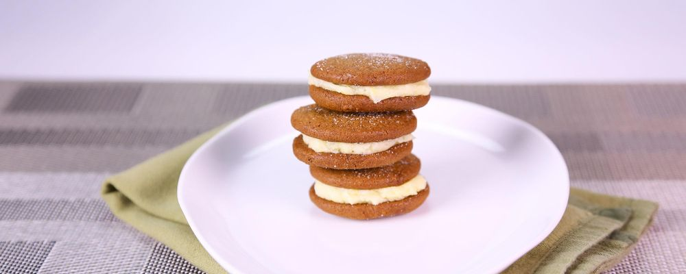 Carla Hall\'s Lemon Gingersnap Sandwich