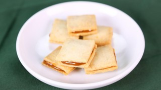 Carla Hall\'s Spiced Dulce de Leche Sandwiches