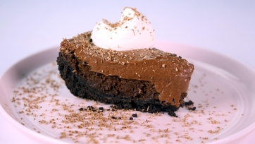 Chocolate Mousse Cake Pie