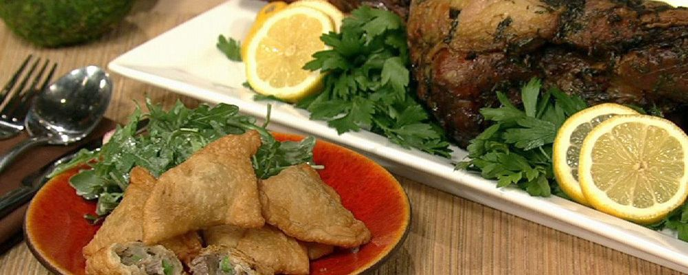 Clinton Kelly\'s Leftover Lamb Samosas with Mint