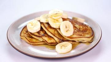 Banana Sour Cream Pancakes