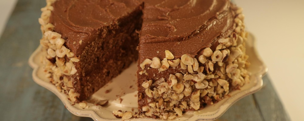 New Recipe: Easy Chocolate Hazelnut Cake