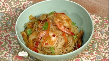 Singapore Noodles with Shrimp: Part 1