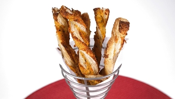 Spicy Ranch Cheese Straw
