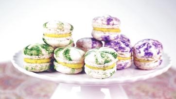 Mardi Gras Macarons: Part 1