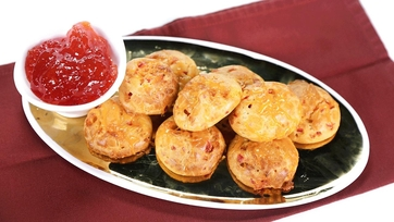 Pimento Cheese Puffs with Red Pepper Jelly