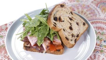 Sweet, Spicy & Salty Breakfast Sandwich: Part 1