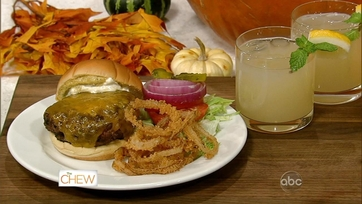 Carla\'s Basic Burger & Onion Rings