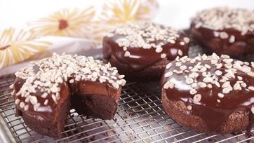 Mini Chocolate Tortes: Part 1
