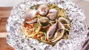 Spaghetti and Clams Foil Pack with Guest Brittany Snow