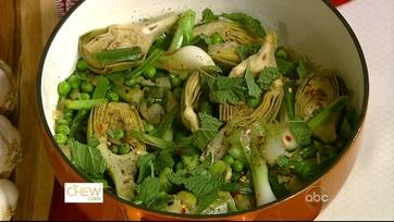 Mario Batali\'s Spring Vegetable Scafata