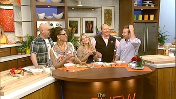 Last Bites: Get a Hug From The Chew