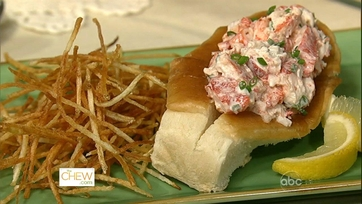 Lobster Roll and Shoestring Fries