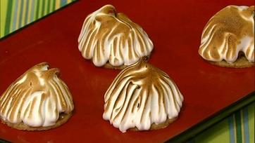Carla\'s Mini Baked Alaska!