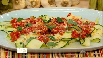 Clinton and Carla\'s Fresh Zucchini Papardella!