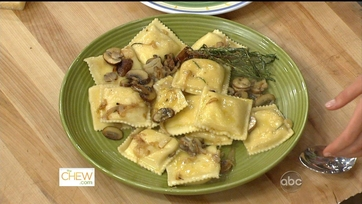 Cheese Ravioli with Mushroom Sauce