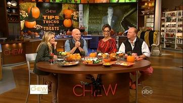 Chat N\' Chew: Halloween Treats