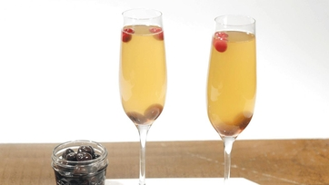 Apple Cider Mimosa Cocktail by Clinton Kelly