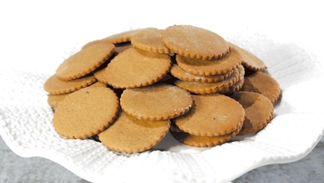 Spice Cookies Recipe by Carla Hal
