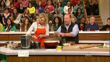 Mario and Katherine Heigl Get Cooking - Part 1