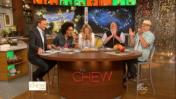 Chat N\' Chew: Win A Dream Date with Clinton Kelly