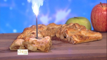 Carla\'s Apple Pie with Cheddar Crumble - 1