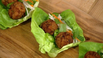 Dish of the Day: Michael\'s Meatball Lettuce Cups