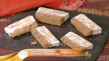 Clinton Kelly\'s Peaches and Cream No-Bake Cheesecake
