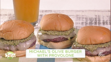 Michael Symon\'s Olive Burger with Provolone and Daphne Oz\'s Carrot Mint Salad : Part 1