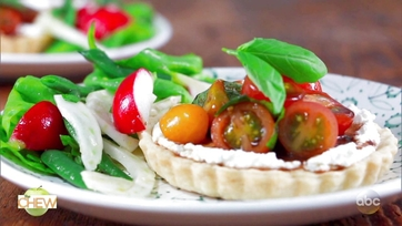 Clinton Kelly\'s Tomato, Basil and Herbed Ricotta Tartlets and Green Market Salad