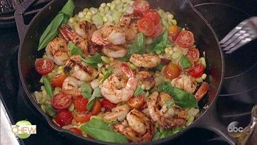 Carla Hall\'s Spicy Shrimp Succotash: Part 2