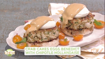 Mario Batali\'s Crab Cake Eggs Benedict with Chipotle Hollandaise: Part 1