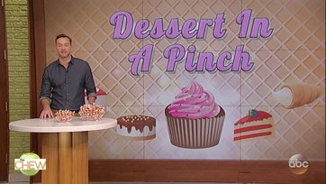 Clinton Kelly Introduces a New Dessert in a Pinch: Lindt Pumpkin Spice Truffles