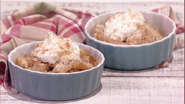 Clinton Kelly\'s Spiced Apples with Cream