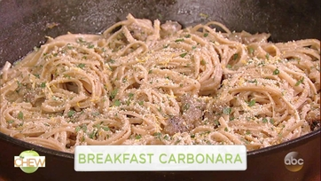 Alton Brown\'s Breakfast Carbonara: Part 1