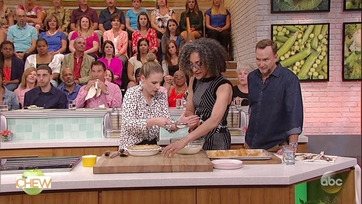 Carla Hall and Jessie Mueller Make \'I Wish I could Sing Like a Hummingbird\' Pie: Part 2