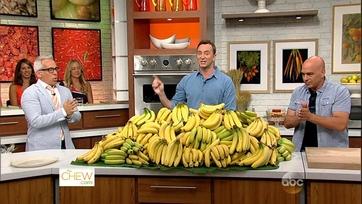 Michael and Geoffrey\'s Banana Battle: Part 1