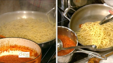 Michael\'s Cooking Class: Tomato Sauce - 2