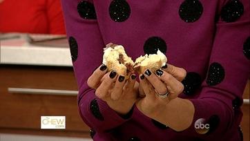 Carla\'s Surprise Cupcake Recipe