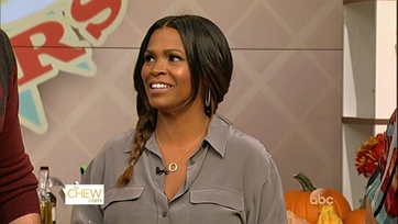 Nia Long Heats Up The Kitchen - 1
